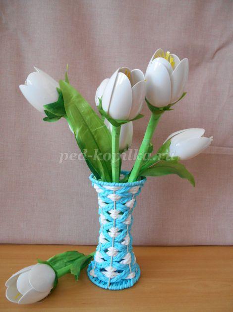 9113_ef335a906a8dcbb6ccf50ac5f5d42241.jpg Тюльпаны из пластиковых ложек своими руками. Мастер- класс с пошаговыми фото