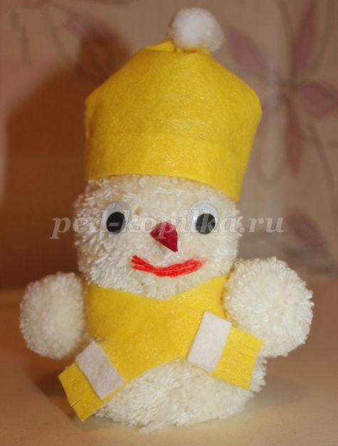 dc8f2ec902f1384095dea23e0ef6c10c.jpg Снеговик из помпонов своими руками: мастер-класс по созданию