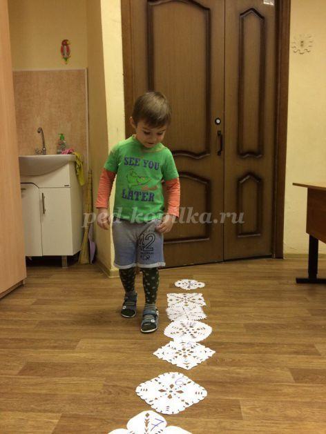 Особенности изучения азбуки и цифр детьми 3-4 лет