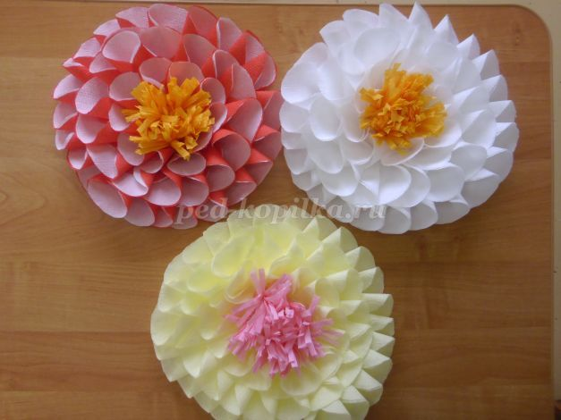 45083_861731c19e6505ac66c227bccd89e413.jpg Цветы из салфеток своими руками