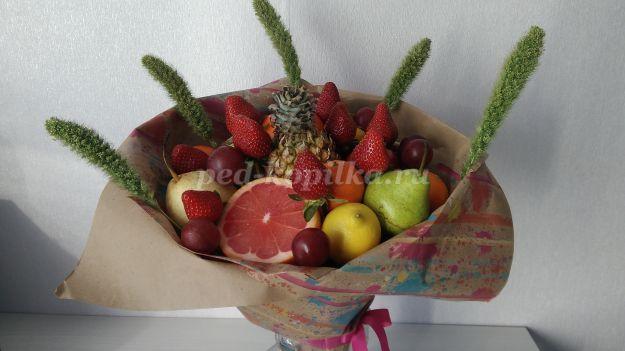 19495_6296fbf84e902c18e1e081a00f41a72d.jpg Букет из фруктов своими руками. Мастер-класс с пошаговыми фото для начинающих